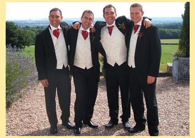 be382f07d Что надеть на свадьбу гостю мужчине: 9 главных несложных правил