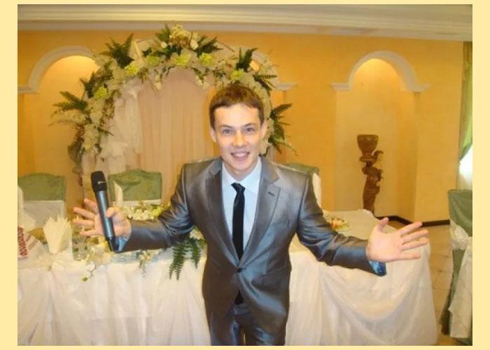 Ведущий бриллиантовой свадьбы