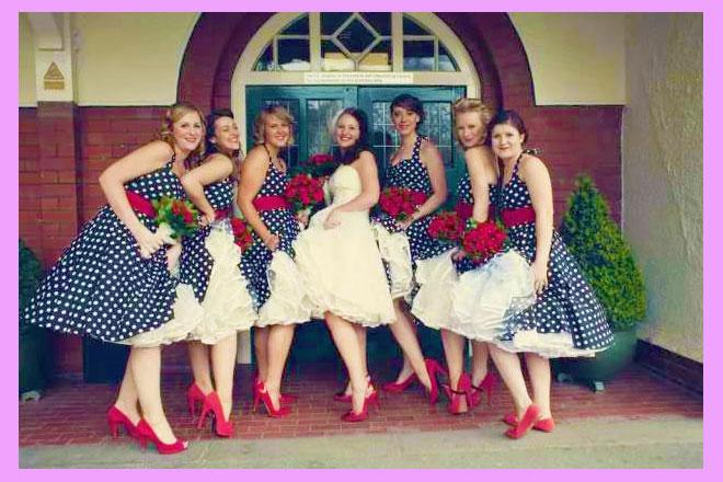 Невеста с подругами в стиле горошек