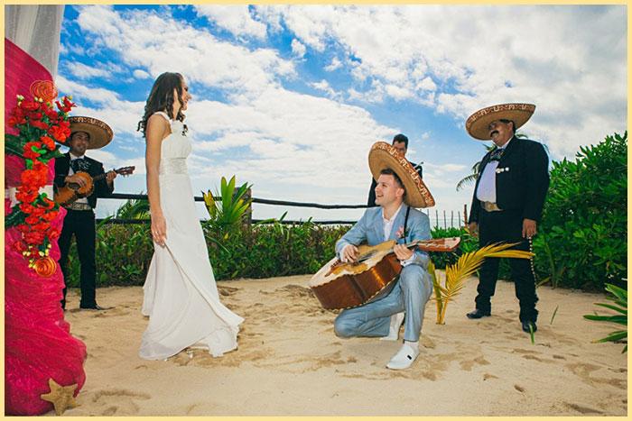 Жених и енвеста в мексиканском стиле