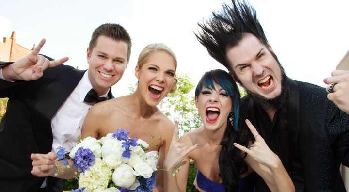 Далеко не все девушки мечтают о свадьбе в розовых тонах