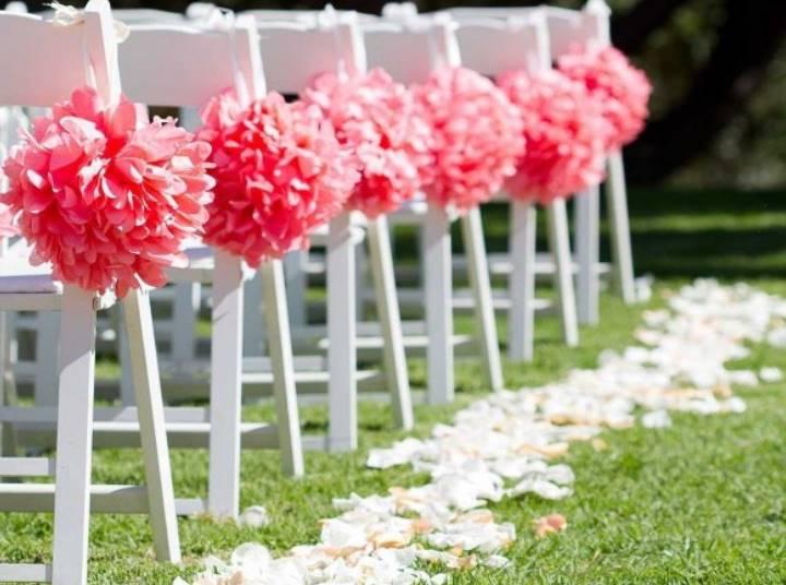 Очень оригинальной идеей может стать свадьба в таком живописном месте