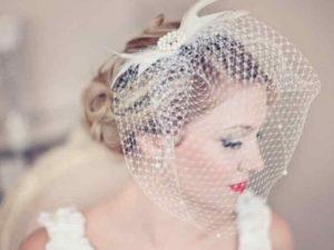 Свадебные аксессуары – вуалетки, шляпки, ободки и подвязки