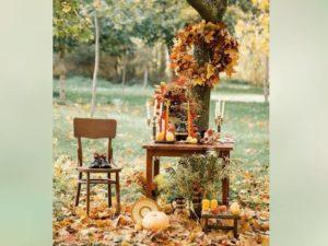 В цветочные композиции, а также в сервировку свадебного стола можно включить фрукты